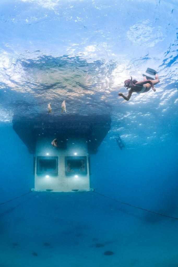 underwater room 06