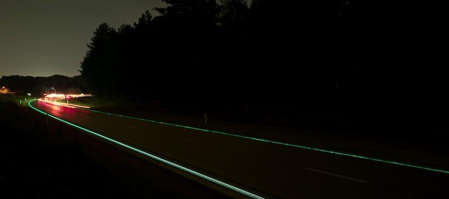 9 Glowing Lines Roosegaarde