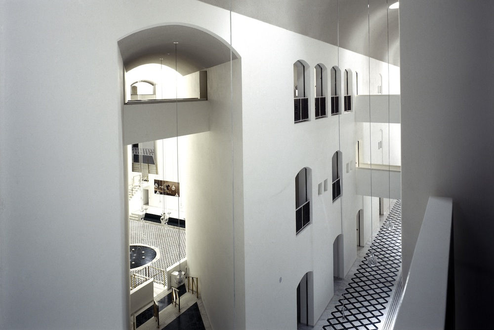 Ministry of Foreign Affairs  by Henning Larsen Architects - 1984, Saudi- Arabia Photo by Richard Bryant.
