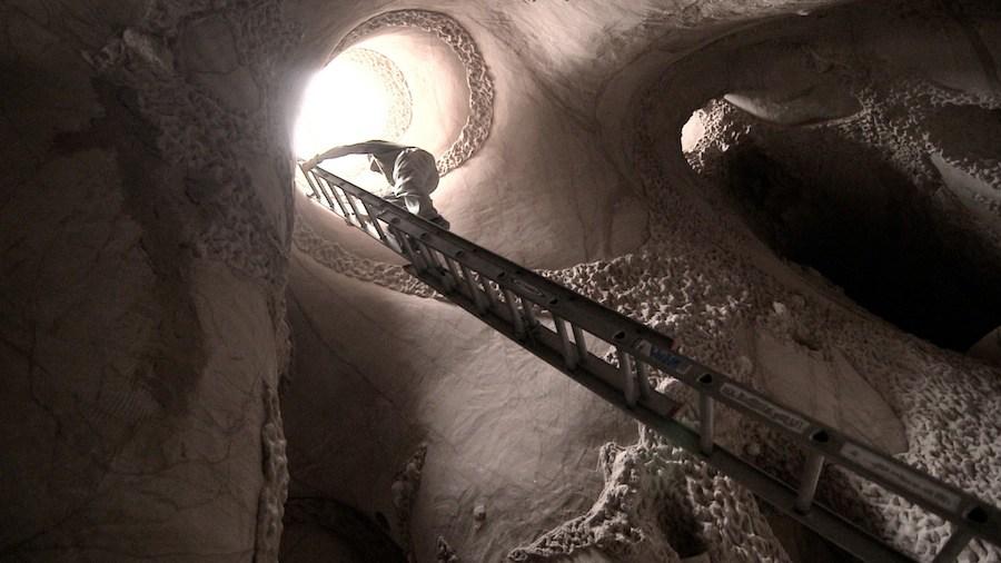 Cave Digger - Courtesy of Jeffrey Karoff - ©Karoffilm.