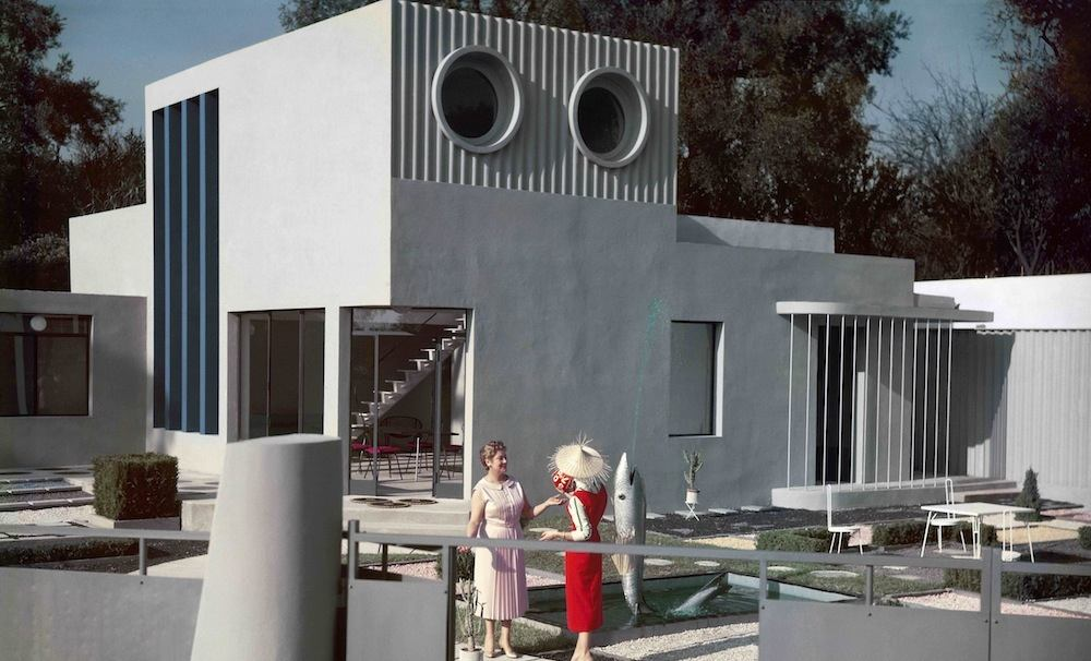Still from film Mon Oncle 1958 director Jacques Tati - © Les Films de Mon oncle – Specta Films CEPEC in Modernity, Promise or Menace?, 2014. A film by Teri Wehn Damisch and Jean-Louis Cohen, 17:08 min.
