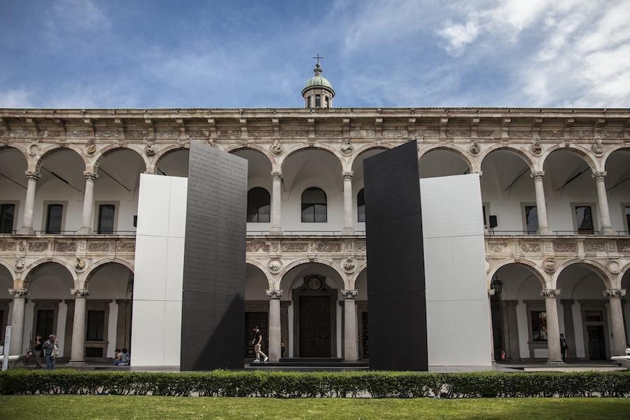 Cosentino Deep Words Light installation by Antonio Citterio and Patricia Viel - Courtesy of Cosentino.
