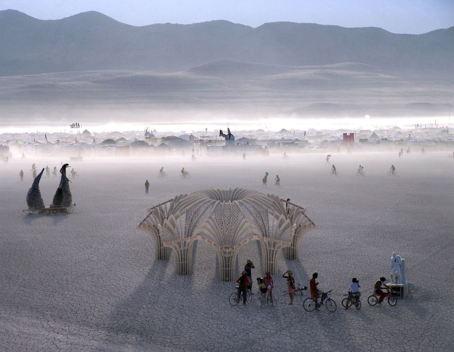 """The Arbour"" temporary cathedral by Josh Haywood, Burning Man 2015 - Courtesy of Josh Haywood."