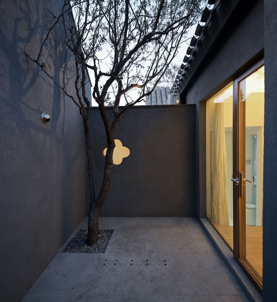 Intimate courtyard of Split courtyard house.