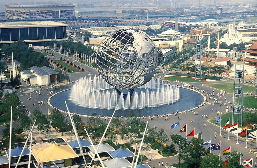 New York Expo 1064-1965. View from the observation towers of the New York State Pavilion; the Unisphere is in the center, Shea Stadium at far background left - Picture by Anthony Conti, 1964 - PLCjr on Flickr.com.