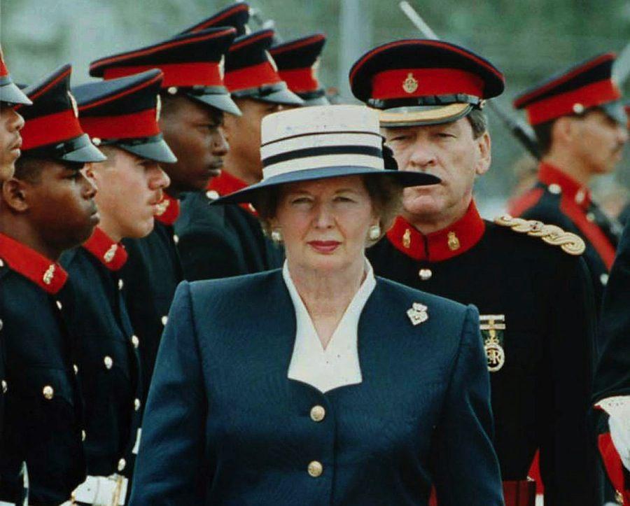 Margaret Tatcher reviews Bermudian troops, 1990.