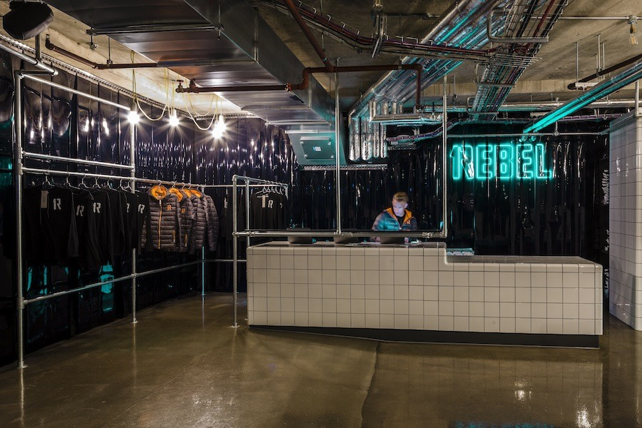 Studio c adds nightclub design to underground rebel gym
