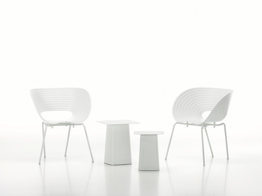 The White Collection: Tom Vak chairs with Metal Side Tables - © Vitra Photo by Marc Eggimann.