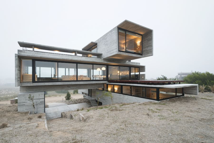 Golf House by Luciano Kruk 03