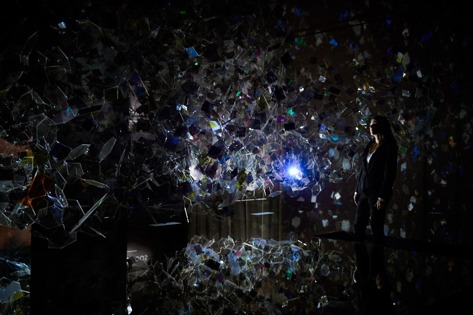 AGC Amorphous installation by Nosigner™