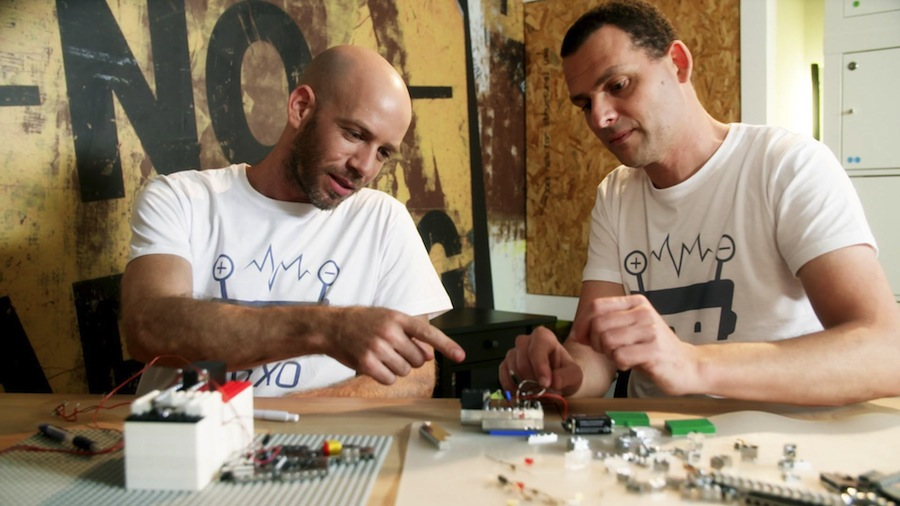 Boaz Almog and Amir Saraf on Brixo.