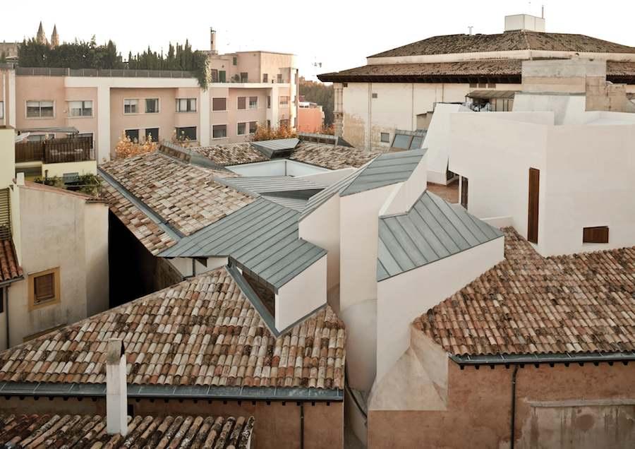 Centro Cultural Casal Balaguer by Flores & Prats - ©Adrià Goula.