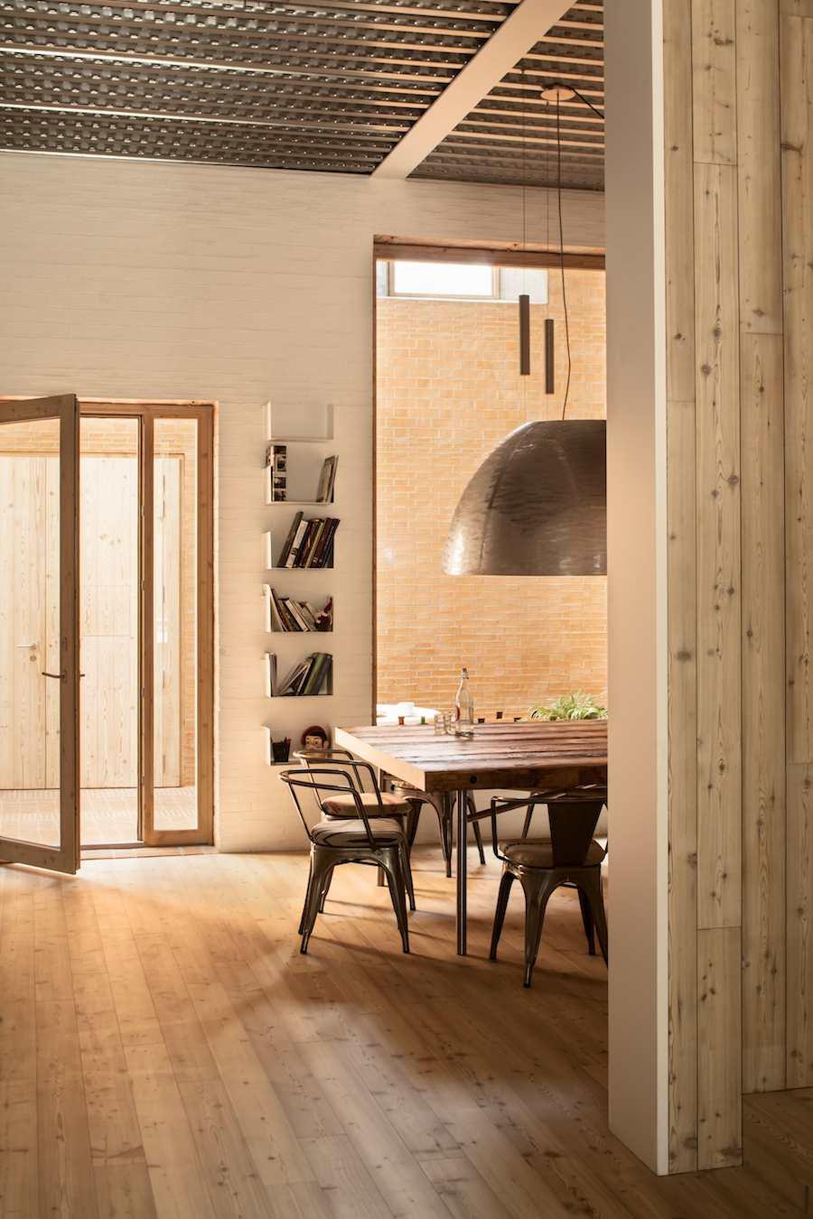 Casa 1014 by H Arquitectes - ©Adrià Goula.