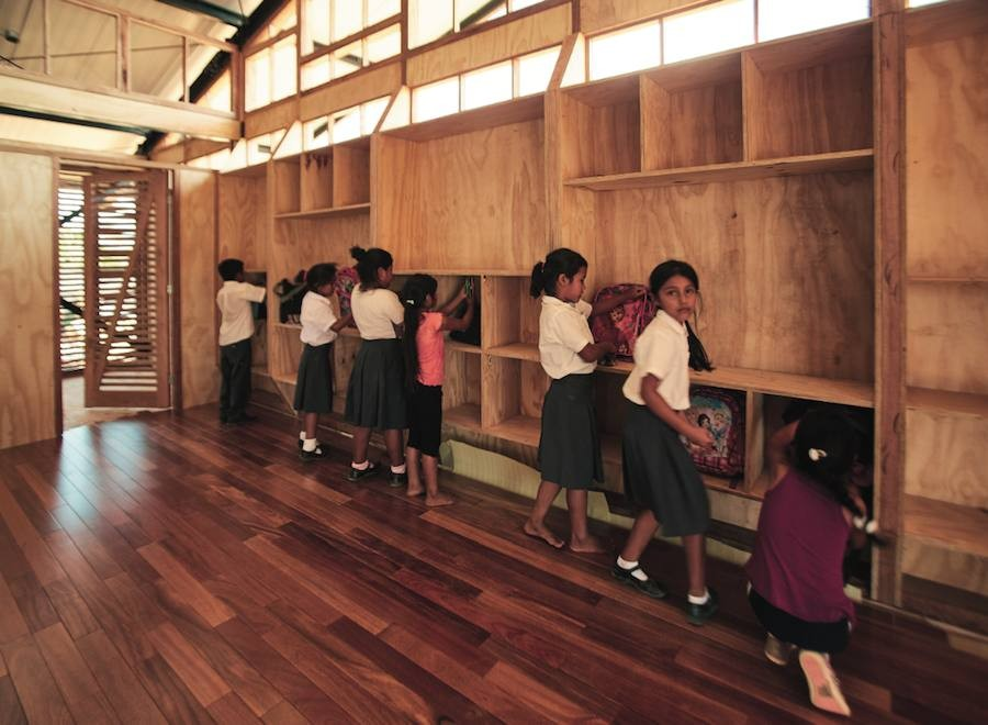"Plan Selva – Completed school ""Madre de Dios"" – Photo by Veronica Lanza."