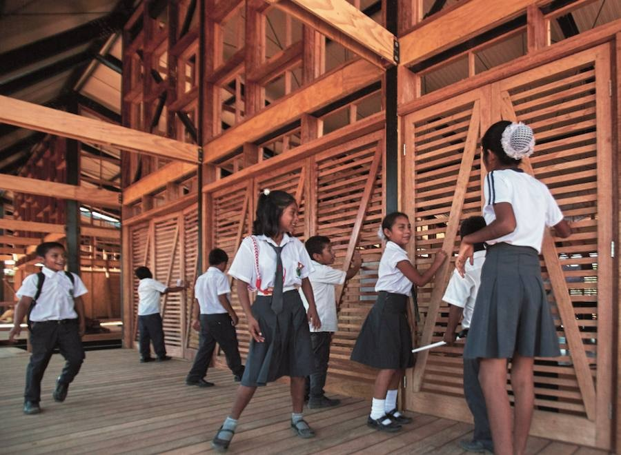 "Plan Selva – Completed school ""Madre de Dios"" – Photo by Veronica Lanza."
