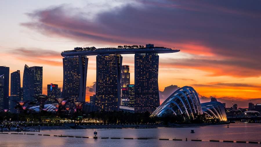 Singapore skyline - Photo by Mac Qin, Flickr CC