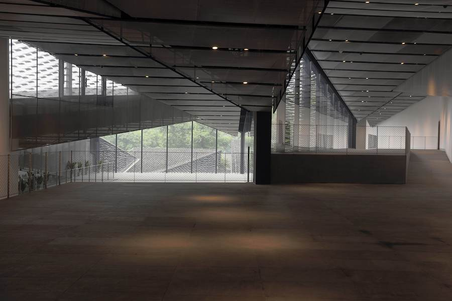 Folk Art Museum, Hangzhou - Photo by Eiichi Kano, courtesy of Kengo Kuma & Associates.