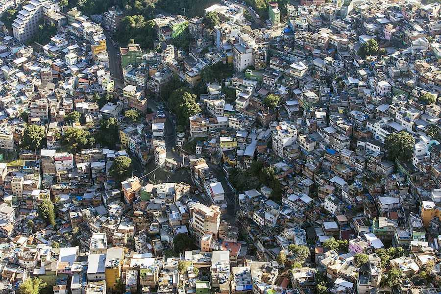 Favela Rochina - Photo by Chensiyuan, CC.