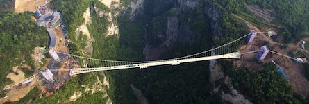 World's longest glass bridge