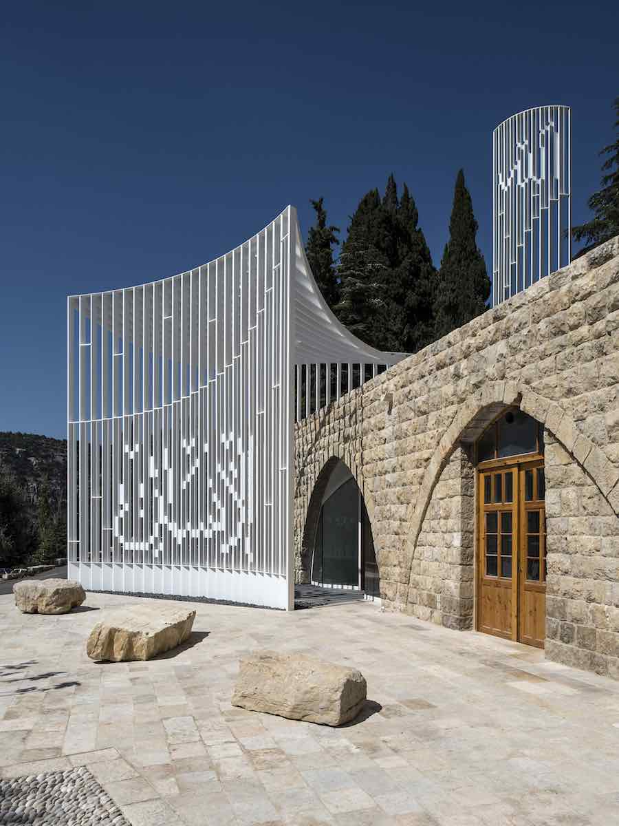 L.E.F.T. adds contemporary light structure to Lebanese Mosque - Photo by Ieva Saudargaite. Courtesy of L.E.F.T.