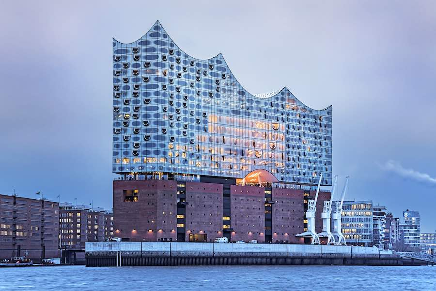 10 ARCHITECTURE PROJECTS INAUGURATING THIS YEAR: Elphilarmonie by Herzog & de Meuron, Hamburg - Photo by This Raetzke.
