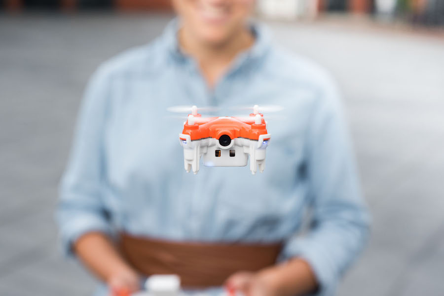 "TRNDlabs, ""SKEYE Nano 2 FPV Drone"" Remote control and nano drone ©TRNDlabs."