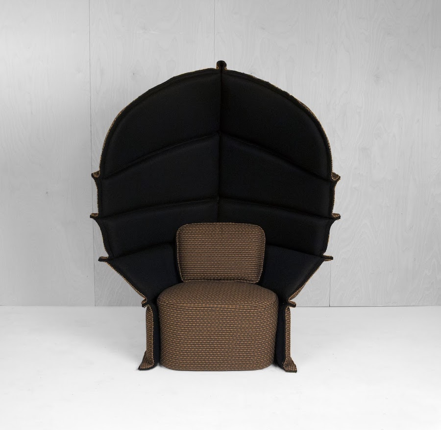 BOLON: Long Neck armchair by Färg & Blanche - photo: courtesy of Färg & Blanche.