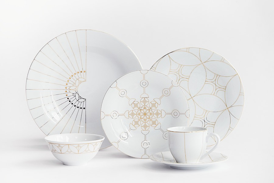 TEBR porcelain series by Aljoud Lootah - Photo: courtesy of Aljoud Lootah.