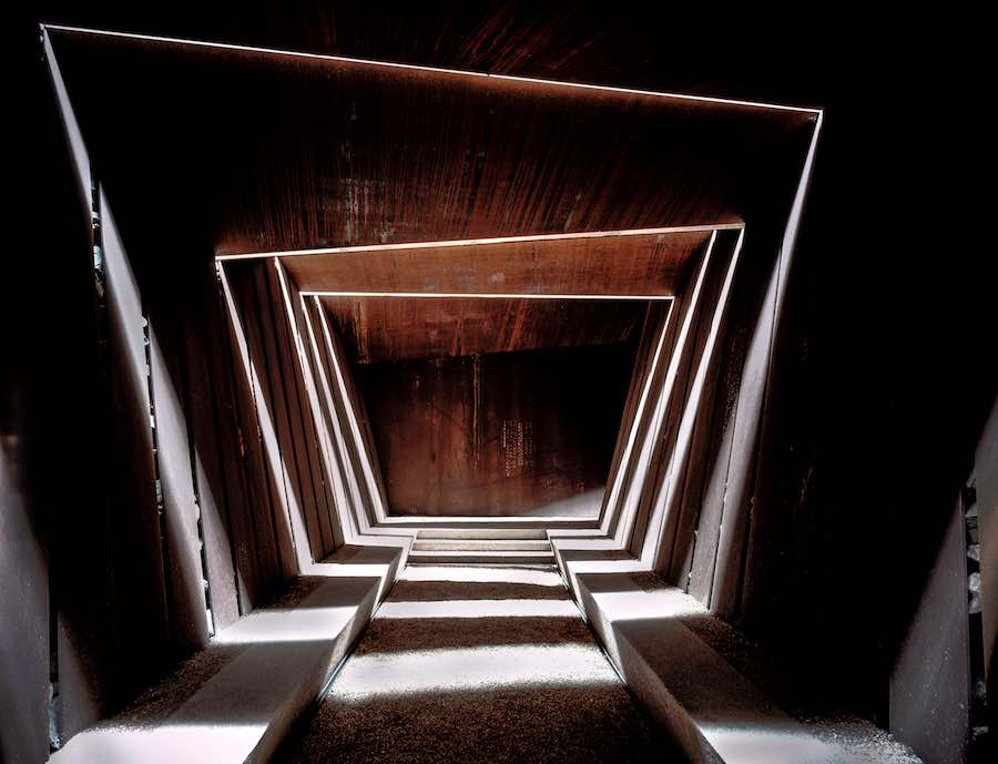 2017 Pritzker Prize. RCR Arquitectes: Bell–Lloc Winery, Palamós, Girona, Spain - Photo by Hisao Suzuki.