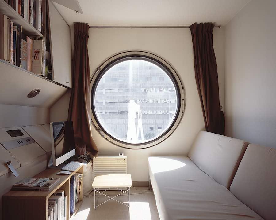 Nagakin Capsule Tower - © Noritaka Minami, Courtesy Kana Kawanishi Gallery.