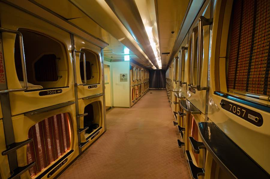 Tokyo Capsule Hotel - Photo by Fougerouse Arnaud CC