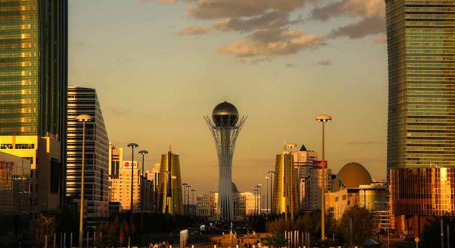 Astana golden Hour - Photo by Mariusz Kluzniak BB BY NC-ND 2.0