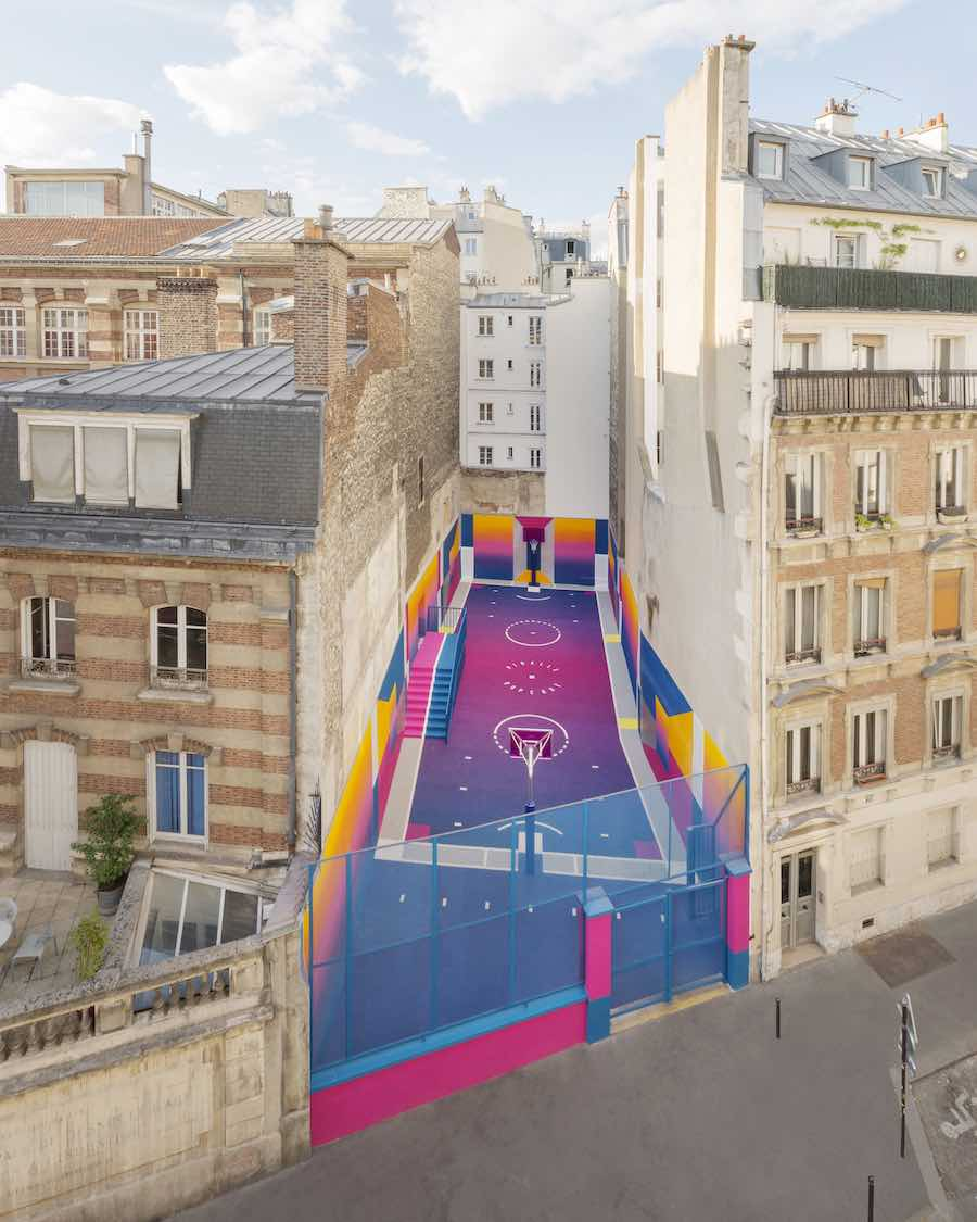 Pigalle basketball court by Ill-Studio in Paris - Photo by Sebastién Michelini; courtesy of Ill-Studio and Pigalle.