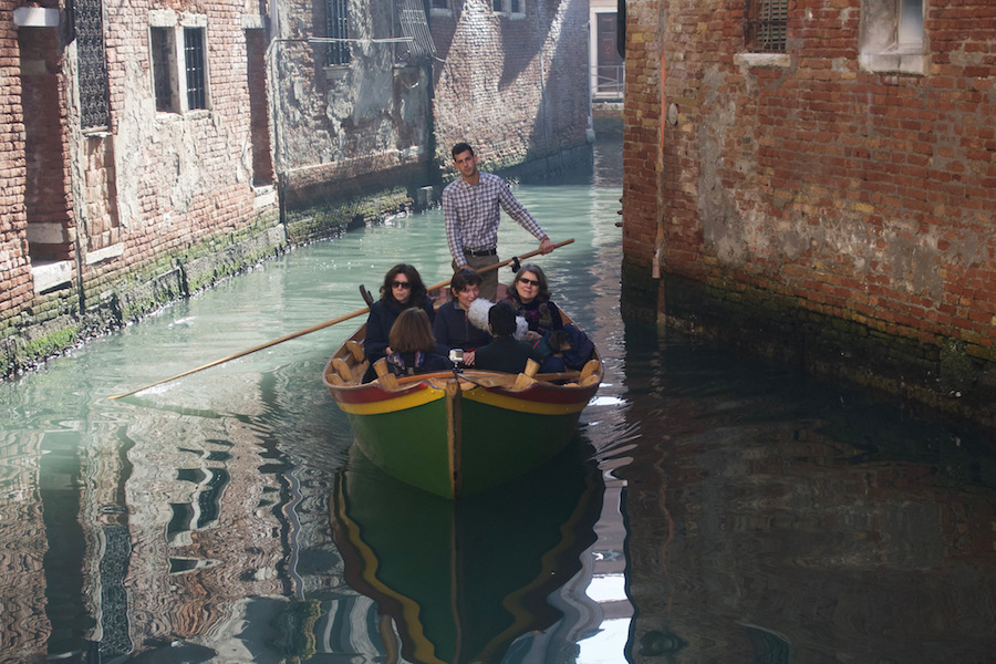 La Venezia che non si vede / Unveiling the unseen - Boat Tours - Photo by BlindWiki - CC BY-NC-ND 2.0.