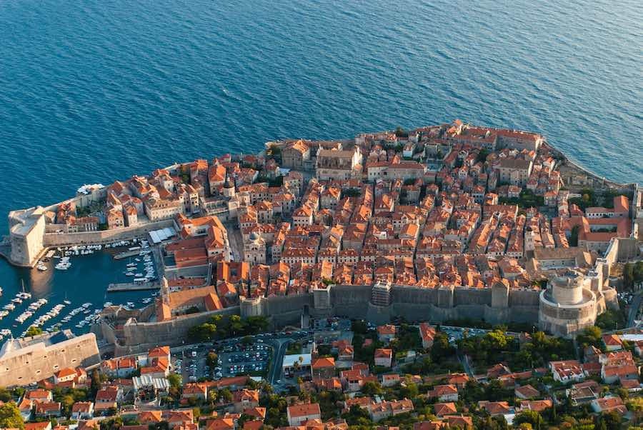 Dubrovnic - Photo by Remus Pereni CC BY 2.0.
