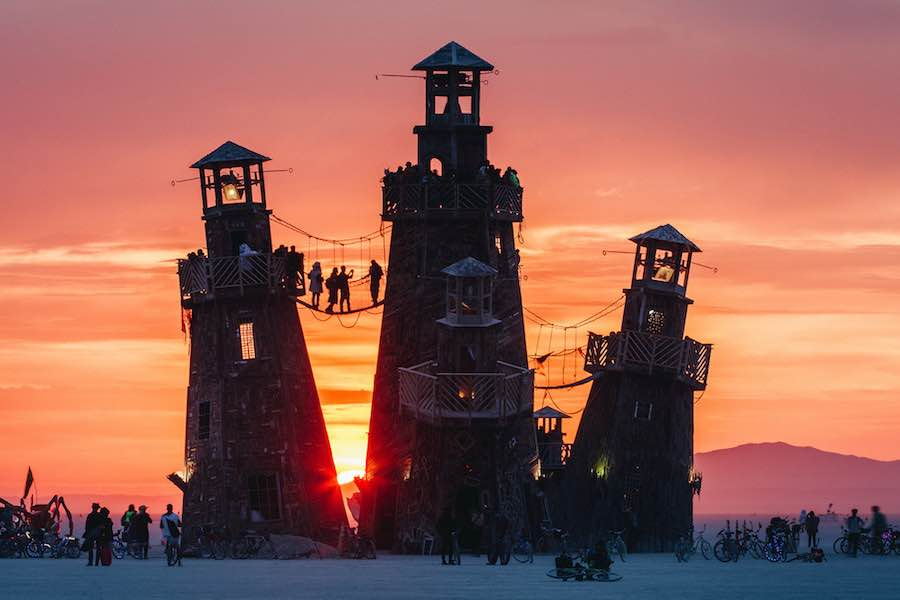 Black Rock City, Burning Man 2016:- Black Rock Lighthouse service - Photo by Duncan Rawlinson (duncan.co).