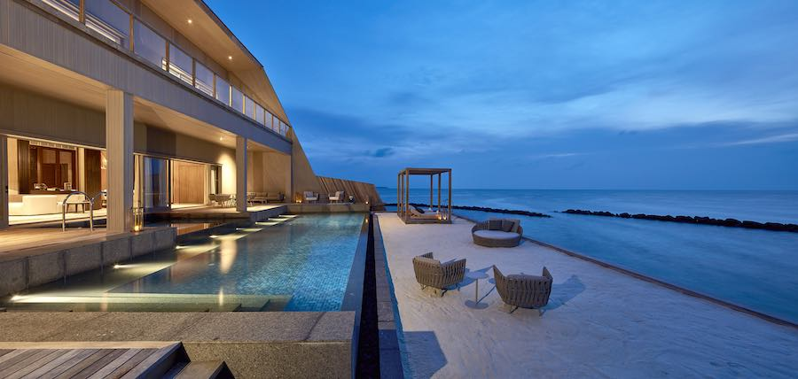 St. Regis Maldive Vummuli Resort by WOW Architects - photo: courtesy of WOW Architects and World Architecture Festival.