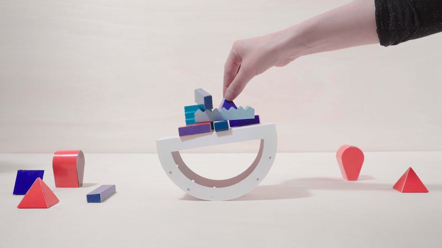 TILT SWITCH Papier Machine by Marion Pinaffo and Raphael Pluvinage