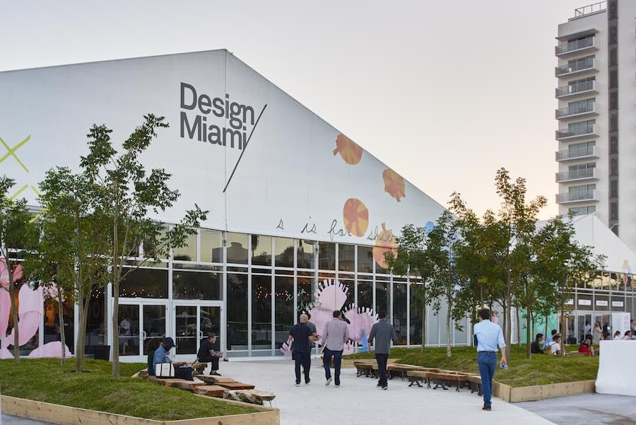 DesignMiami/ 2017: main entrance - Photo by James Harris.