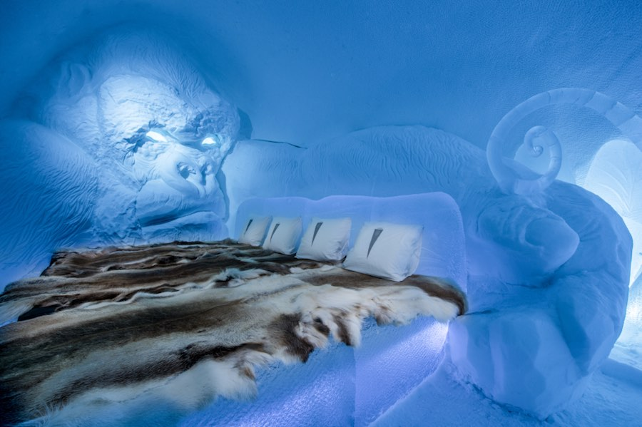 """2017 ICEHOTEL - Art suite """"King Kong"""" by Emilie Steele & Sebastian Dell'Uva. >Photo by - Photo by Asaf Kliger © ICEHOTEL."""