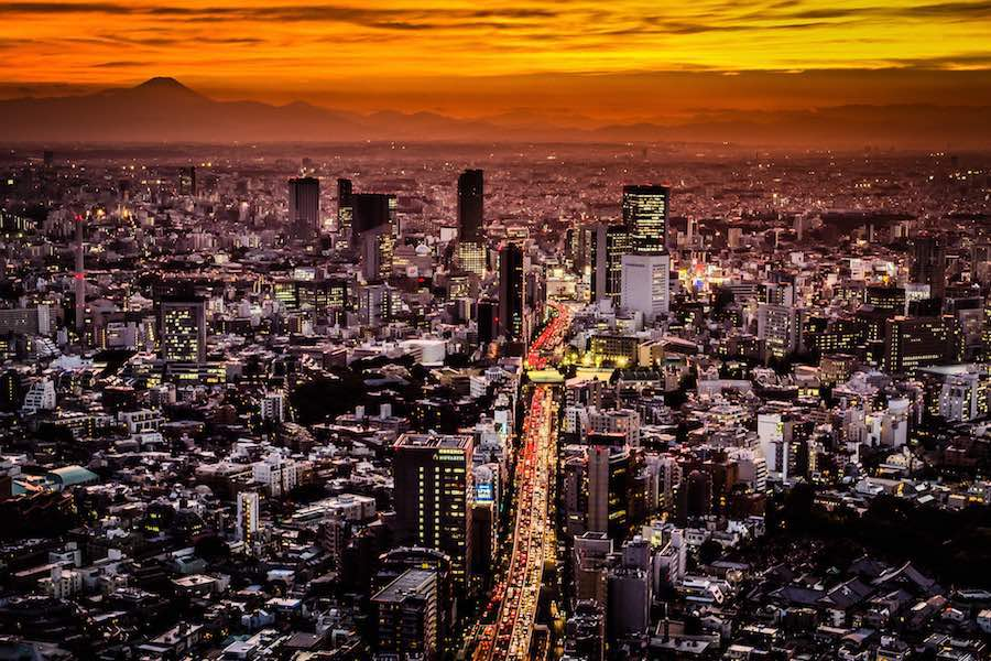 Sunset on Tokyo from the Mori Observation Tower - Photo by Ajith Kumar CC
