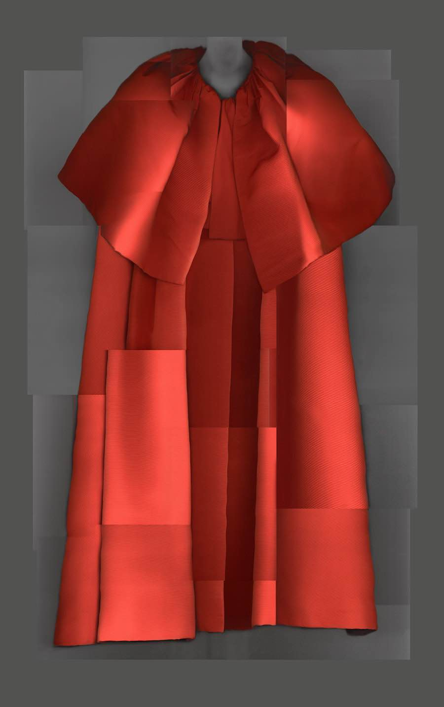 HEAVENLY BODIES @ MET Museum. Evening Coat, Cristobal Balenciaga, Autumn 1954 - Courtesy of MET Museum.