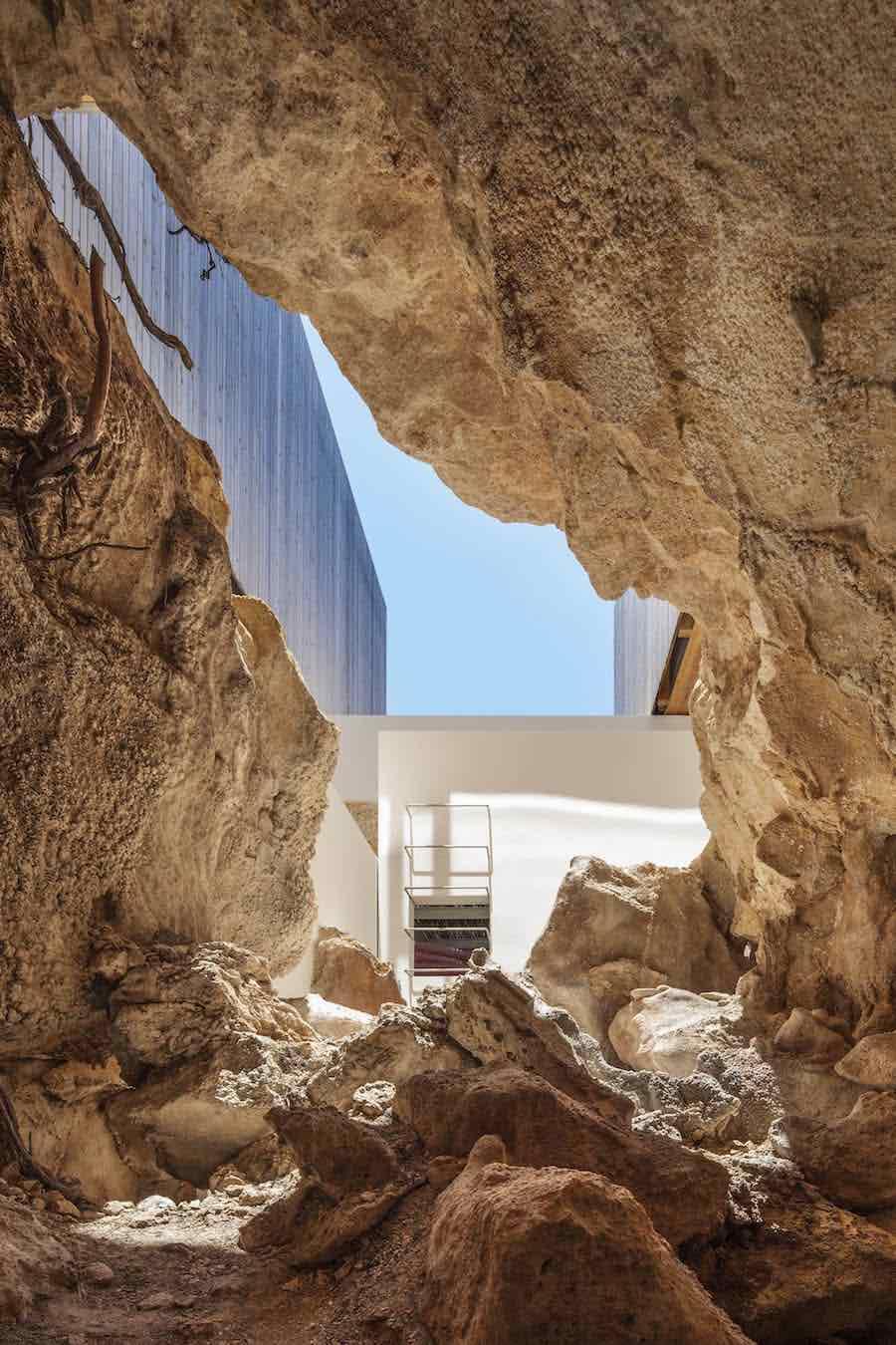Island Mirage villa by Marià Castelló Architecture - Photo by Marià Castelló Martínez.