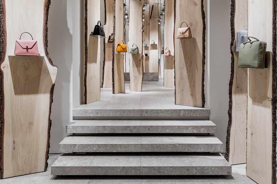 Kengo Kuma's installation @ Valextra flagshipstore - Photo by Valextra