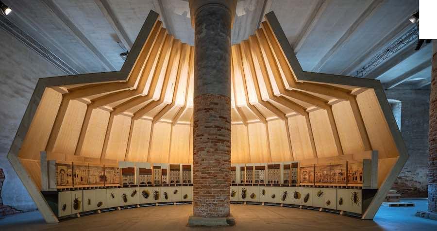 Mario Botta's installation - Photo by Andrea Avezzù, courtesy of La Biennale di Venezia.