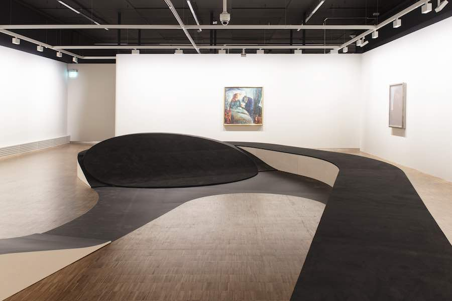 """Edvard Munch: Between the Clock and the Bed"" Exhibition design by Snohetta - Photo by Ivar Kvaal."