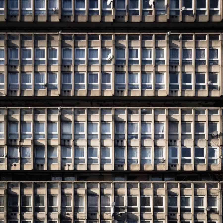Robin Hood Gardens - Photo by @furniturista IG