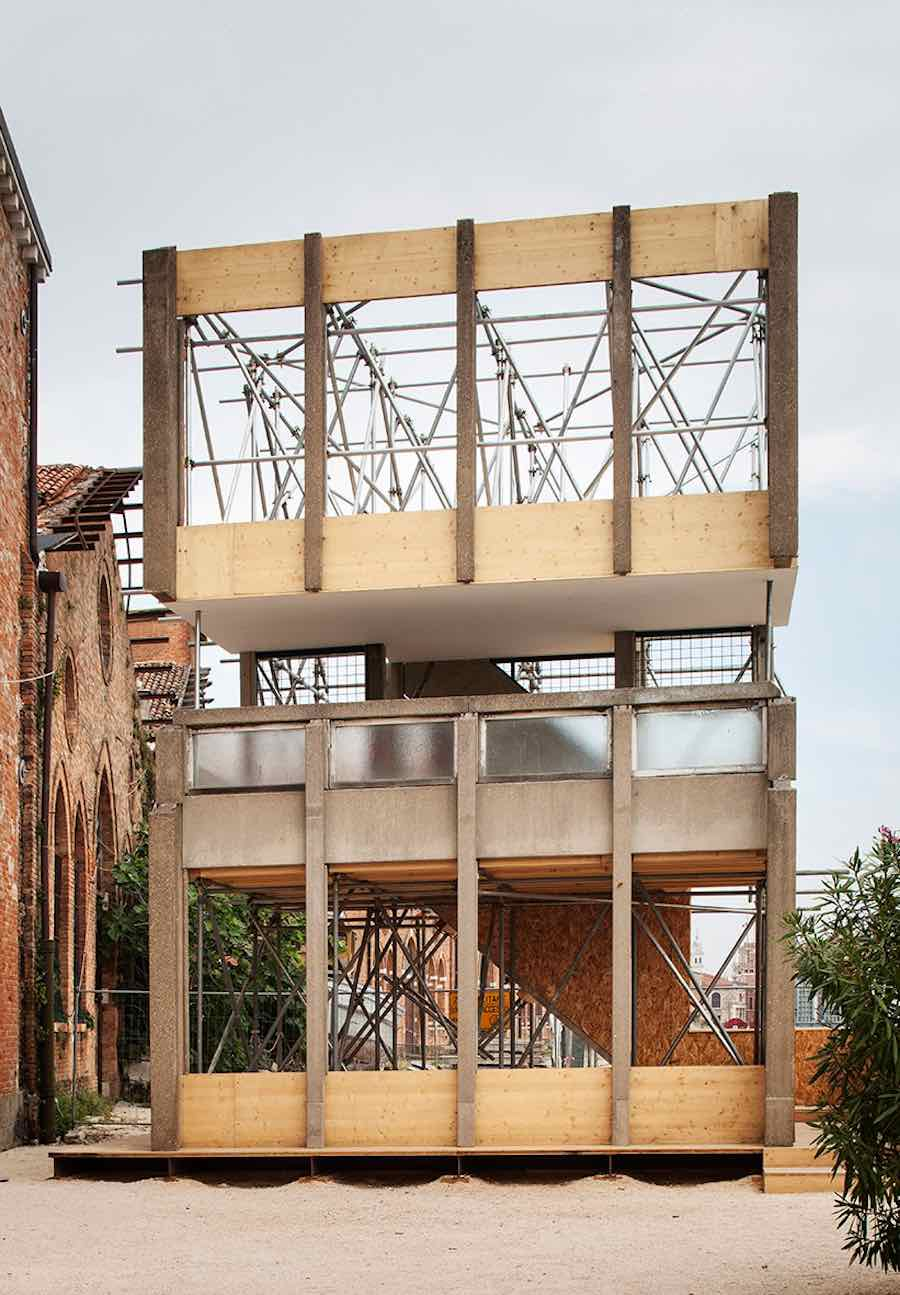 Robin Hood Gardens A ruin in Reverse - Photo by Francesco Galli courtesy of La Biennale di Venezia