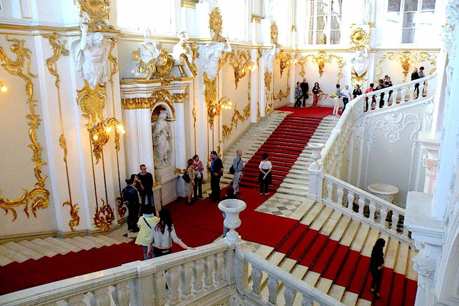 08. St Petersburg – Hermitage Jordan Staircase – Photo by Chatsam CC