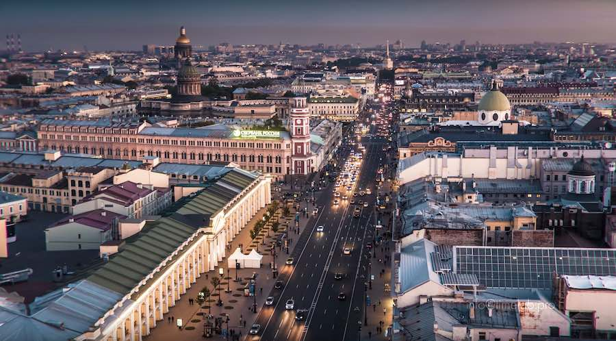 St Petersburg Nevsky Prospekt - ©TimeLab.Pro